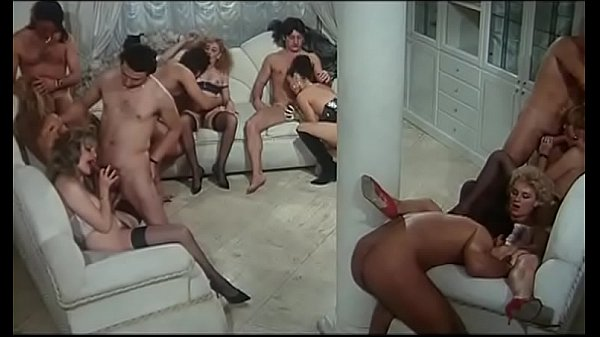 Lezioni private di calde cinquantenni (Full Porn Movie)