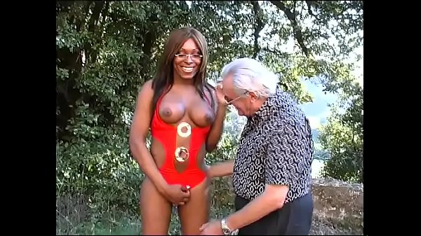 Il caldo culo del mio trans - The hot ass of my tranny (Full Movie)