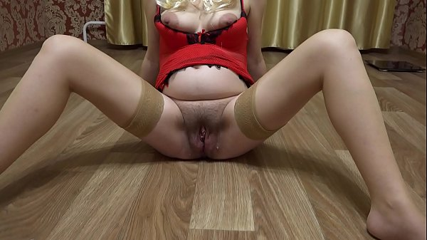My big shaved pussy gradually grows hair and be...