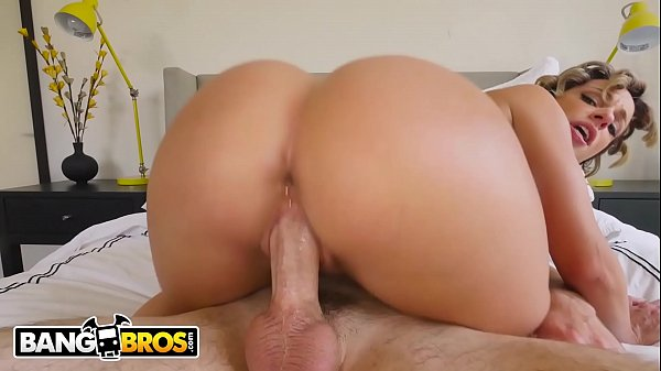BANGBROS - Impeccable PAWG Jada Stevens Getting Fucked On Ass Parade!