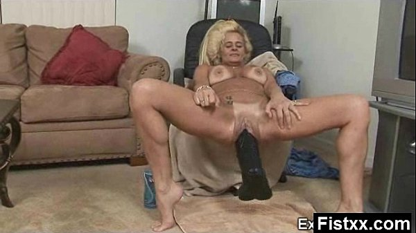 Alluring Sexy Fisting Mature Secretly Screwed