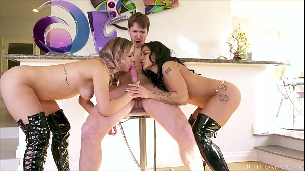 Jules Jordan - Dangerous Girls Alina Lopez & Morgan Lee Squirt For You