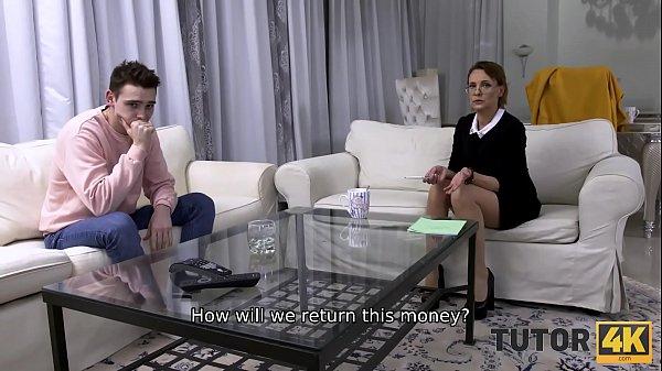 Italiano porno moglie tradisce marito davanti ai suoi occhi