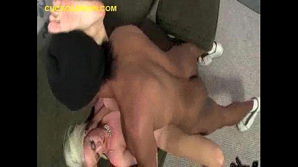 Cuckold Eats Black Creampie