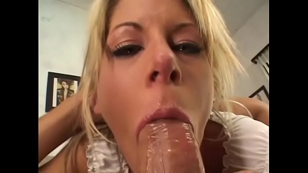 Teen with juicy ass Courtney Simpson gets hard ...