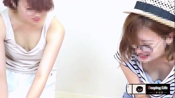 【乳首チラ】ベビマ{vol.100}計3人。モデル系美人ママ 乳首がインスタ映えする若ママ
