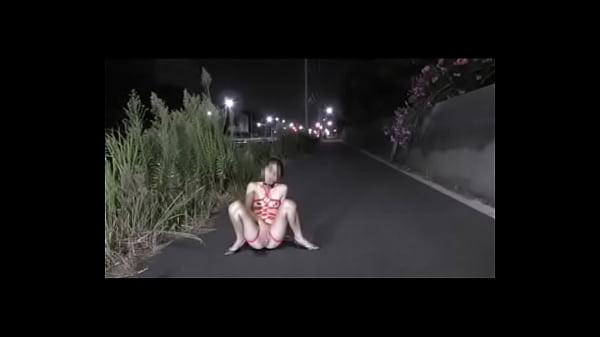 Taiwan girl squirt on the road - taiwancamgirls...
