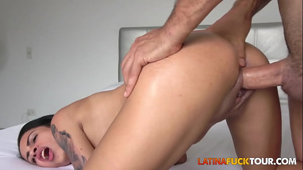 18 Years Old Latina Christmas Anal from Stepdad