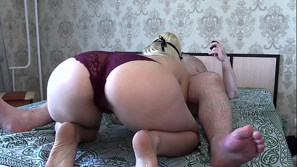 My girlfriend with a big ass passionately sucks my dick and I pour the sperm into her mouth. Blowjob.