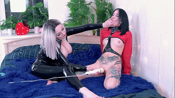 Kinky Brunette Tied up and getting Pleasure from Dominatrix