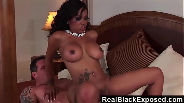 Ebony slut loves fat white cocks