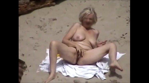 Am nudisten strand ficken Sodomie, Zoophilie