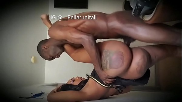 Big ass mom squirt on black cock