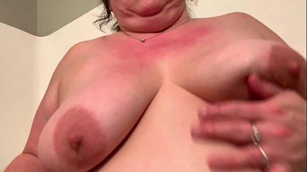 Sexy BBW 4k Bath
