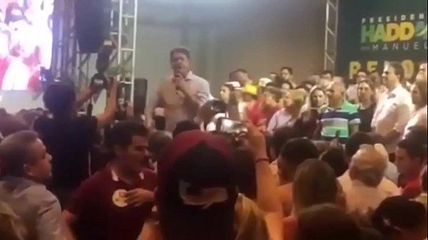 O Lula tá preso babaca