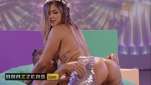 Big Wet Butts - (Karmen Karma, Xander Corvus) - Flower Pounder - Brazzers Thumb
