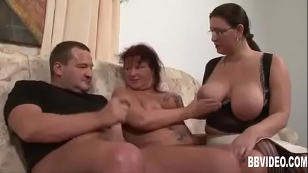 סרטי סקס Fat german milfs sharing cock