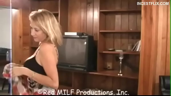 milf Taylor Moore tricks stepson into fucking her!