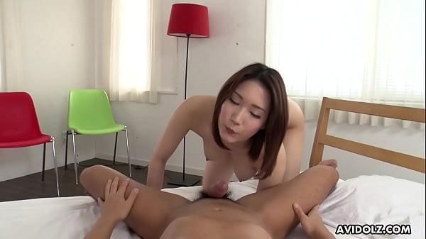 Japanese sales girl, Mikuni Maisaki had sex, un...