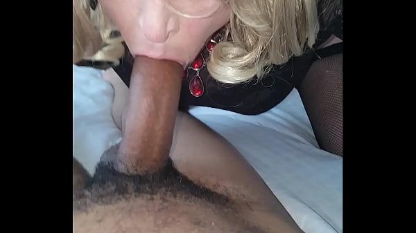 Sissy bj with cumshot