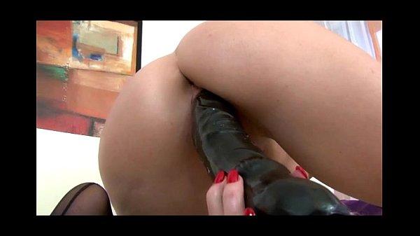 Shiela intense enjoying her black dildo