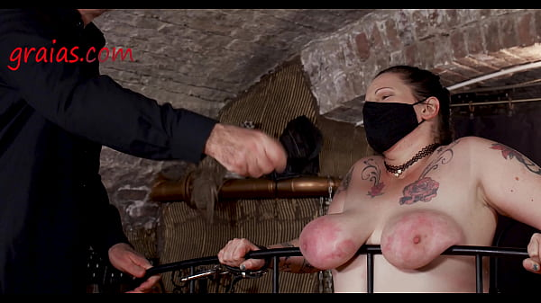 She's receiving hard strokes on her poor slave flesh Thumb