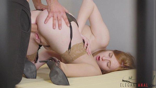 Babes - I Want More, Lina Sweet