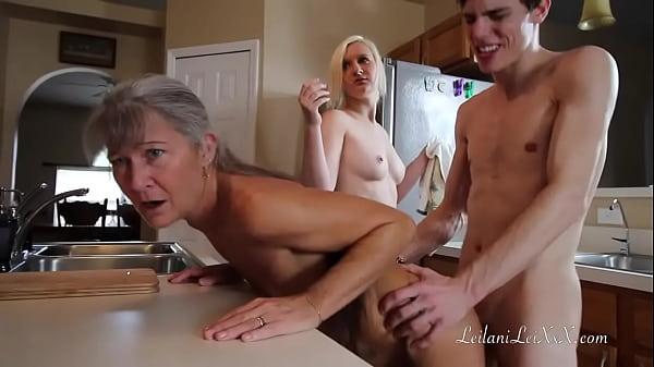 Freeze N Shut up - Threesome Roleplay Thumb