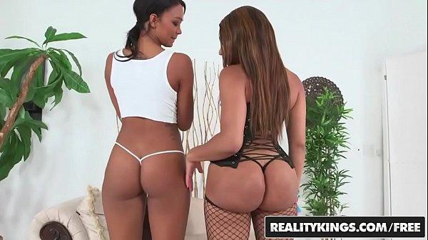 Interacial threesome with Two ebony teens (Jayla Foxx , Harley Dean) - Reality Kings