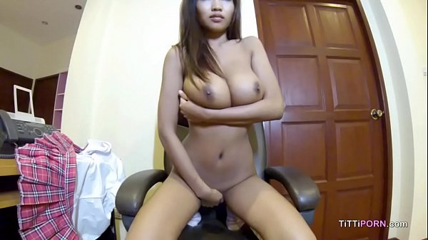 xhamster.com 8080404 girl on webcam strips down and reveals perfect pair of tits 720p