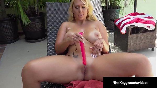 Big Booty Babe Nina Kayy Fucks Her Wet Pussy With A Dildo! Thumb