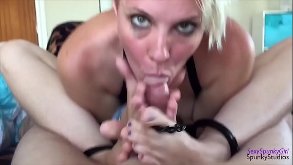 She Uses Her Mouth, Feet & Hands On My Dick at the Same Time