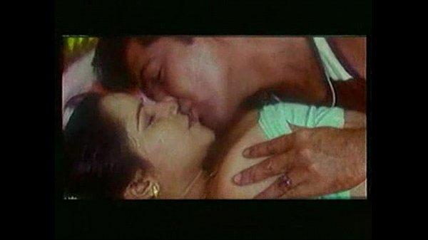 Mallu actress reshma boobs sucking scene sex photo