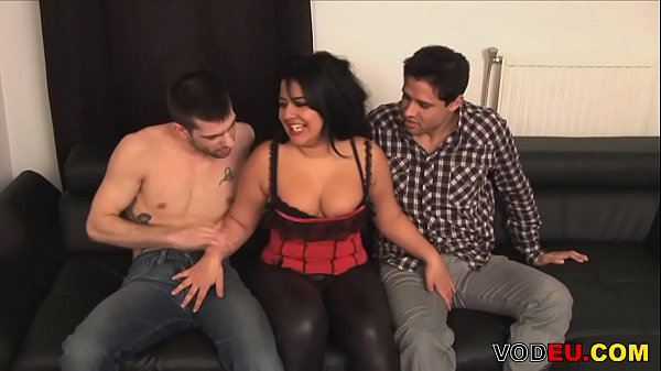 VODEU - Chubby mature lady gets fucked in a thr...