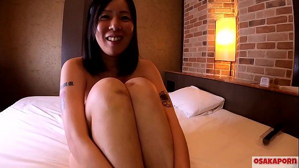 41 years old Japanese wife cheating on her husb...