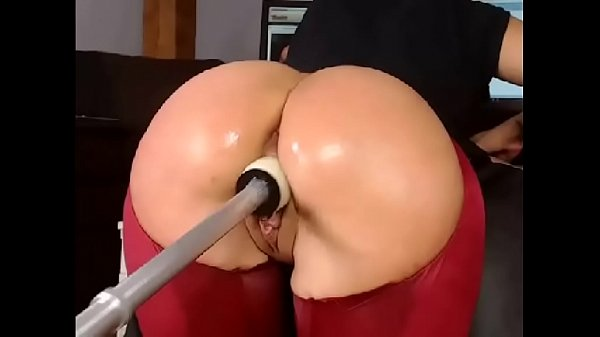 Gorgeous Ass Gets Fucked With Fuck Machine - More at CamAngelsLive.com