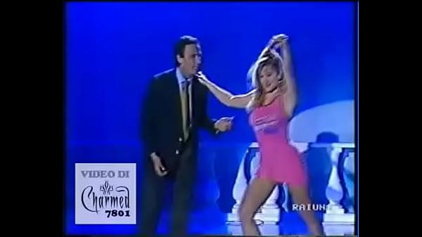 Simona Tagli - Stacchetto vestitino rosa 2 - Domenica In 1991