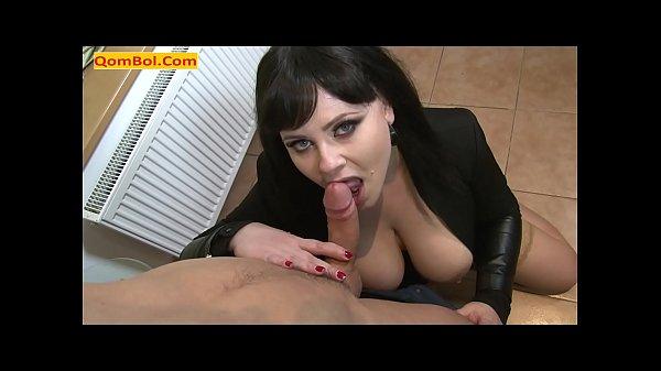 Iranian Milf Sucking Her Boyfriend Dick