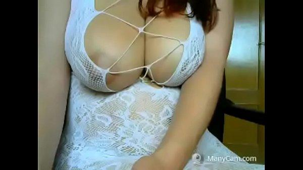 Huge Tits Teen Threesome