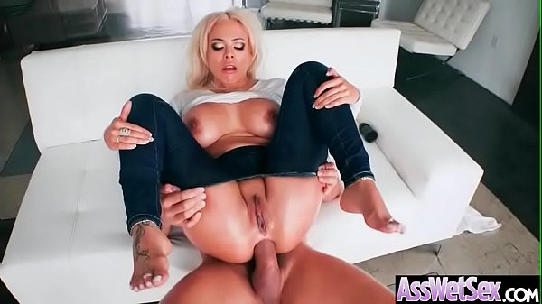 Image sexo anal bien duro con Luna Star