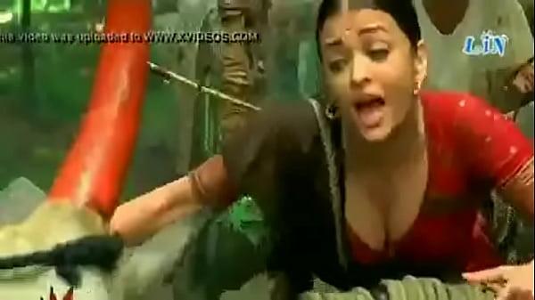 bollywood actress aishwaria rai huge boobs deep cleavage - XNXX.COM