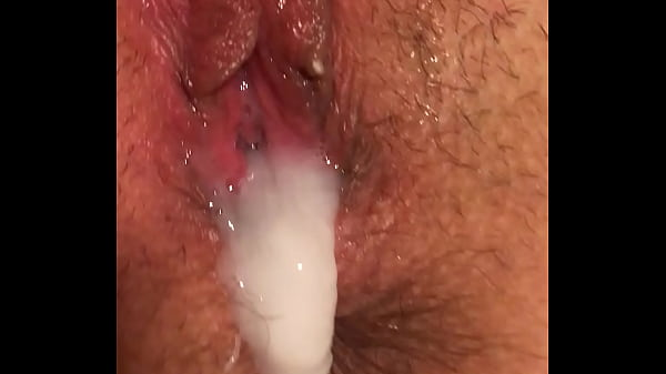 BBC Stretches Cheating Wife's pussy and Dumps H...