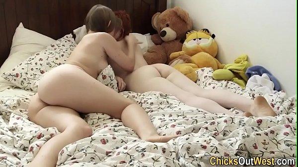 Real lesbian eats ass
