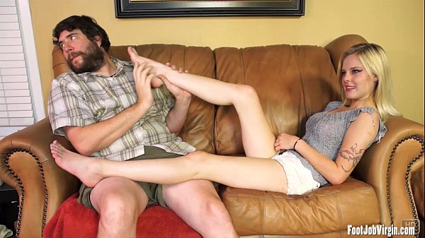 Sexy Mya gets toes sucked and feet adored Thumb