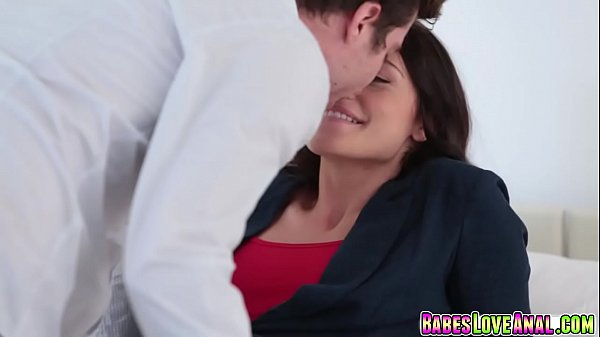 Avi Love rides her anal on top bouncing off