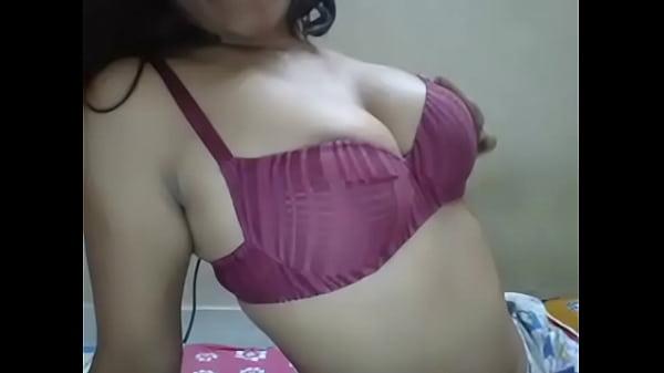 Girlfriend exposing big boobs & moaning