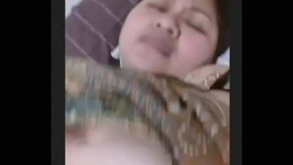 chubby from jakarta want my fucking cum!!(skype)