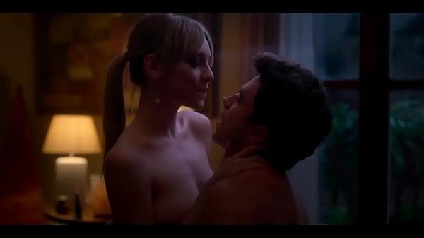 Ester Exposito desnuda en Elite - famosateca.es