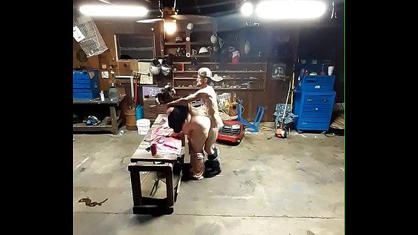 Fucking in garage voyer