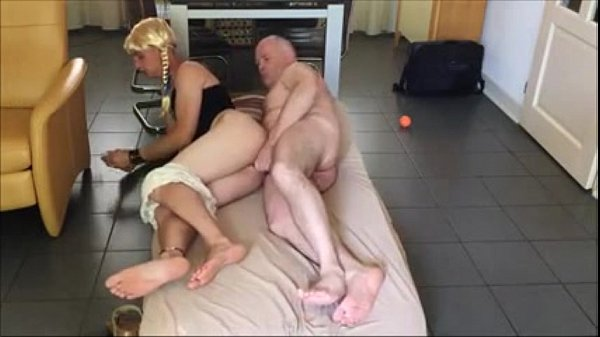 Mature cd loves getting fucked Young Crossdresser Get Fucked By Daddy Mature Xvideos Com